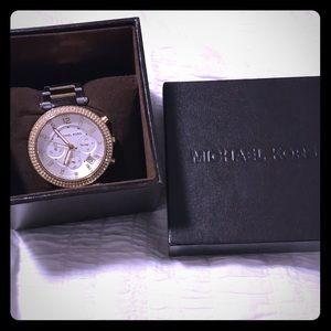 Michael Kors Watch- silver/gold